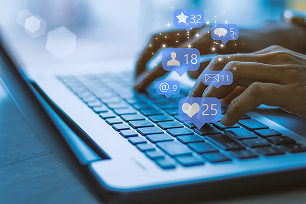 social media laptop business marketing